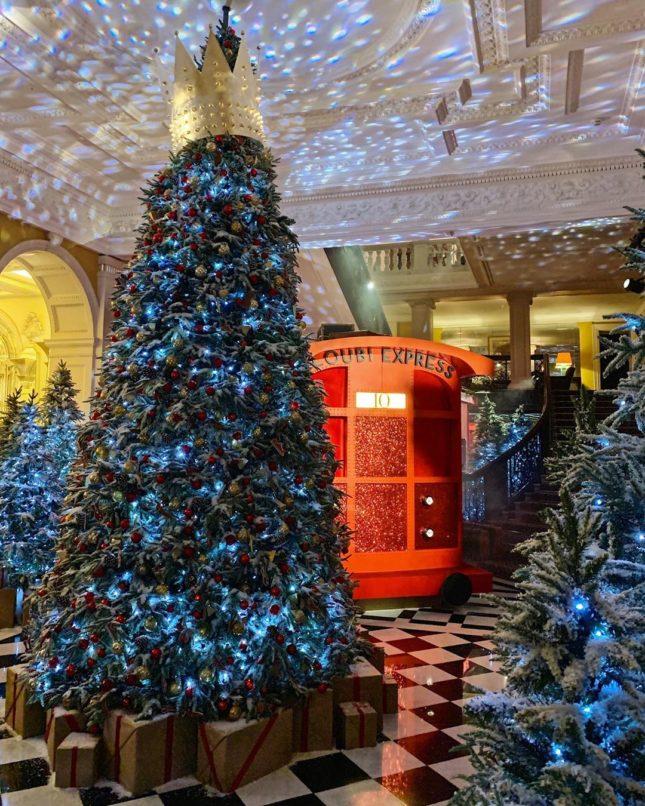 most-beautiful-christmas-tree-decorations