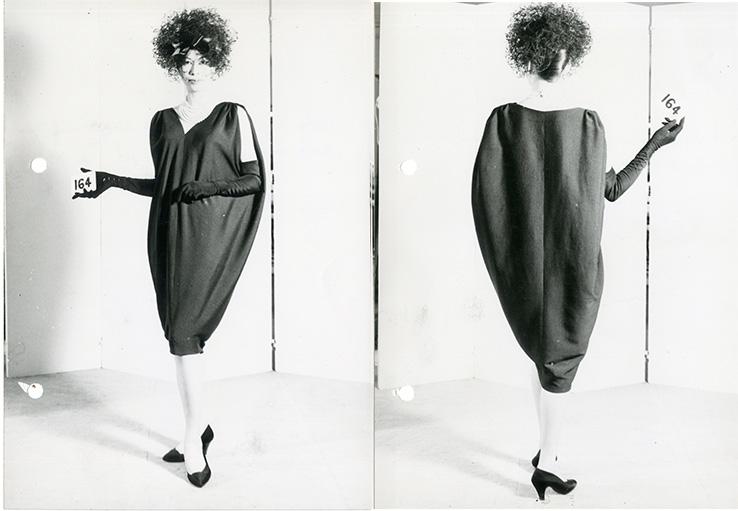 Balenciaga sack dress, 1957 (Photo credit: Thomas Kublin, courtesy of Balenciaga Archives Paris)